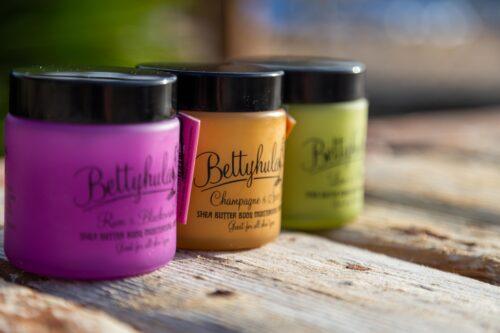 body butter, body cream, body moisturiser, shea butter, cocoa butter, nourishing, sensitive skin, vegan, glass jar, buy betty hula